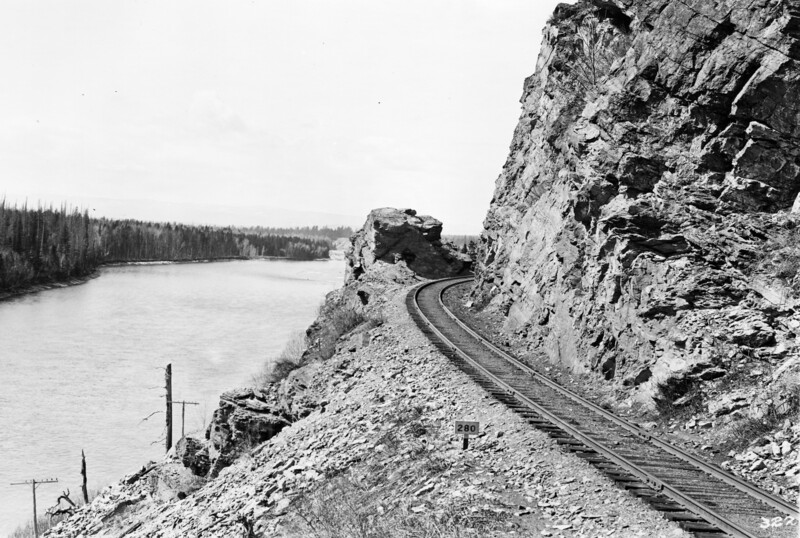 Ferde Greene Photo<br /> 4/3/1915 Flathead River, Great Northern right away, Columbia Falls<br /> 3224
