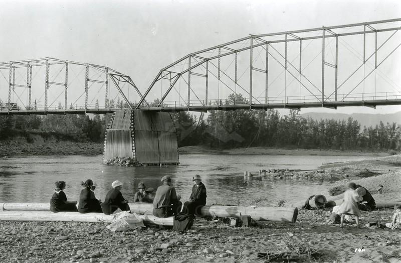 Ferde Greene Photo<br /> 8/29/1925 The Harts, Old Steel Bridge<br /> f11 1/25<br /> 1411