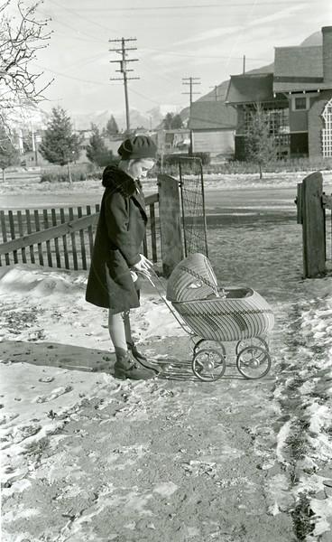Ferde Greene Photo, 1/1/1937, Ruth Ann with Buggie