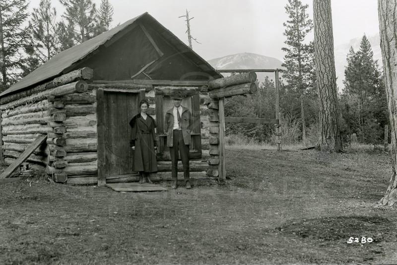 Ferde Greene Photo<br /> 4/7/1919, John & Grace Ogg, Columbia Falls, Montana<br /> f16 1/10<br /> 5280