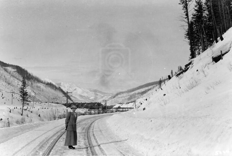 Ferde Greene Photo<br /> 2/12/1915 2PM LG Elizabeth Gregory Greene, Michel, BC<br /> 5220