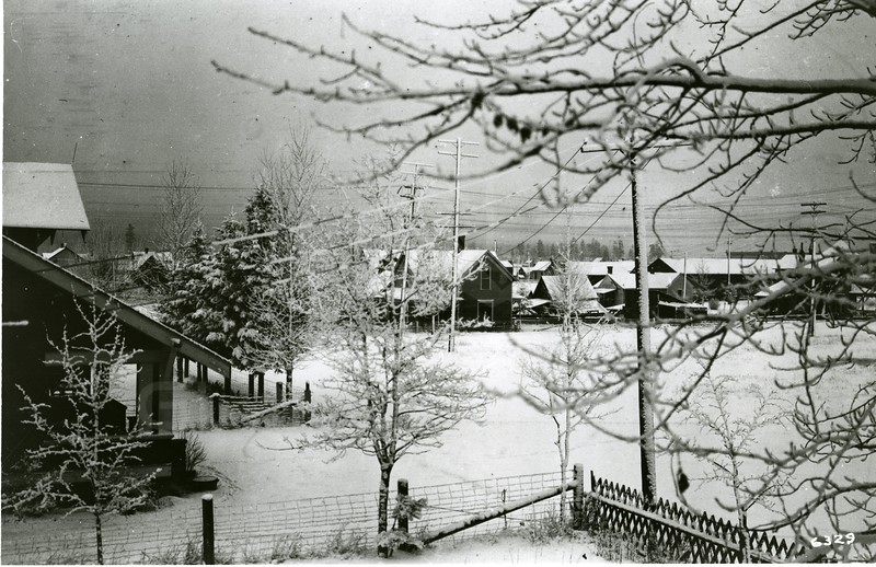 Ferde Greene Photo<br /> 12/27/1920, Taken from the Balcony in the Tway House, Columbia Falls, Montana<br /> 6329