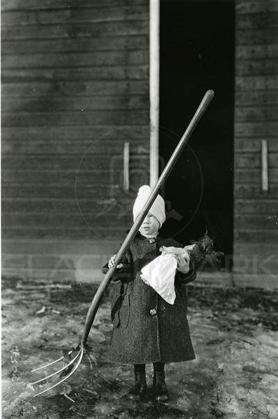 Ferde Greene Photo<br /> 1/19/1920, Ruby Greene, Columbia Falls, Montana<br /> 4302