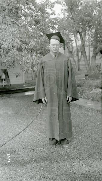 Ferde Greene Photo, 5/19/1939, 2PM, F11, 1/25, Allan Greene High School Graduation