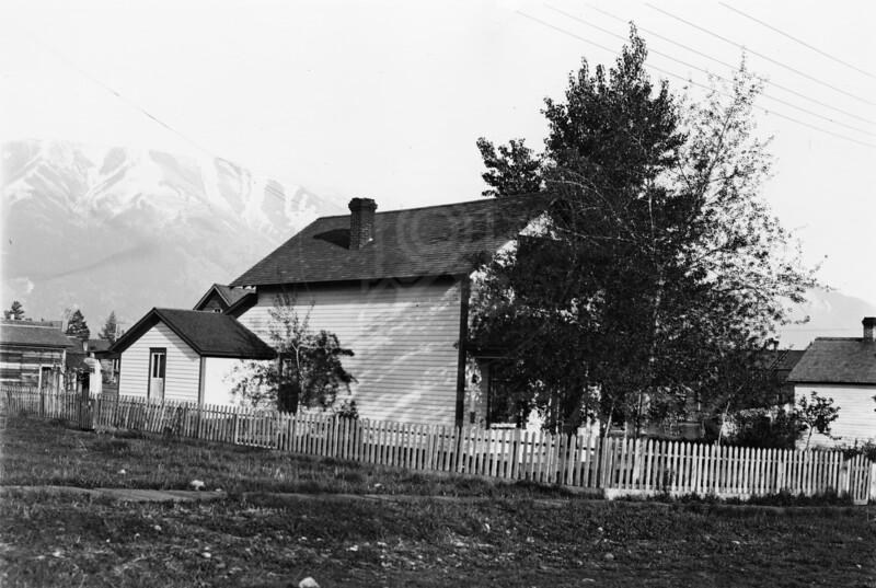 Ferde Greene Photo<br /> 5/28/1916 Home in Columbia Falls<br /> 5227