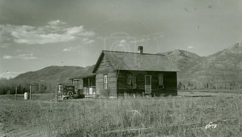 Ferde Greene Photo, 5/16/1942, Allan Greene's First House