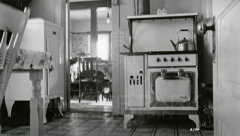 Ferde Greene Photo, 1/27/1938, f32, 12sec, Columbia Falls Kitchen
