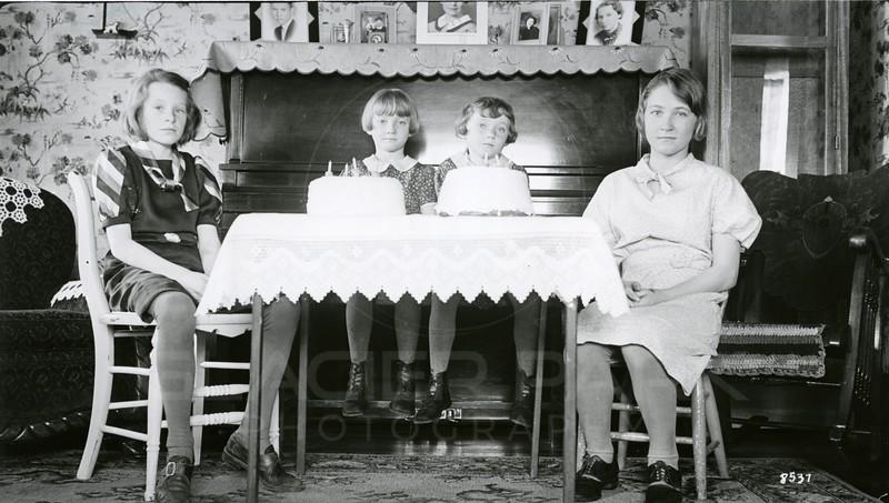Ferde Greene Photo, 3/12/1938, Ruth Ann on R, Left Twins Zelma & Velma Clapper