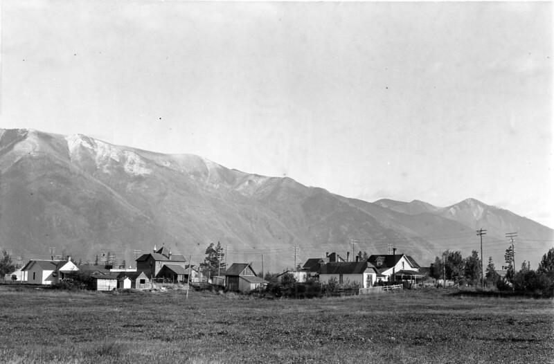 Ferde Greene Photo<br /> 10/8/1916 Greene Home Zorzie Place in front right several buildings still standing in 2007 Columbia Falls<br /> 5232