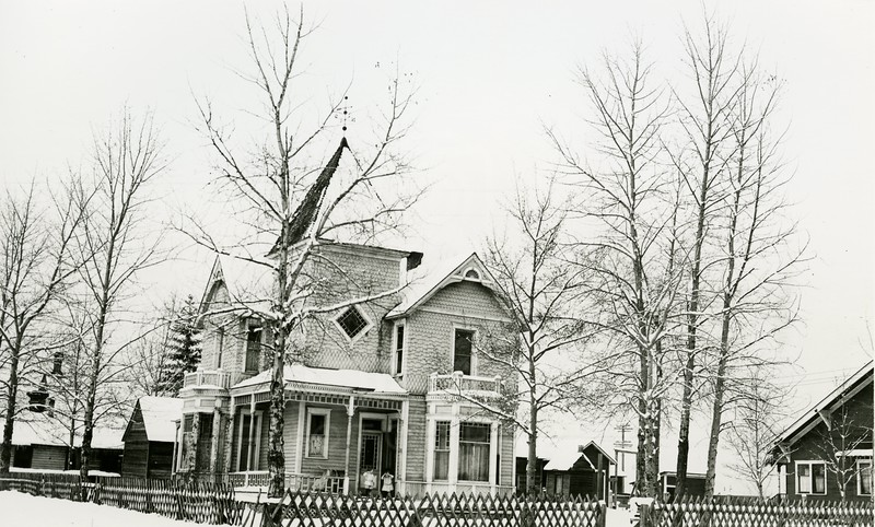 Ferde Greene Photo<br /> 2/20/1920, Margaret Tway's house rented to the Greene's for $25/month, Columbia Falls, Montana<br /> 1331