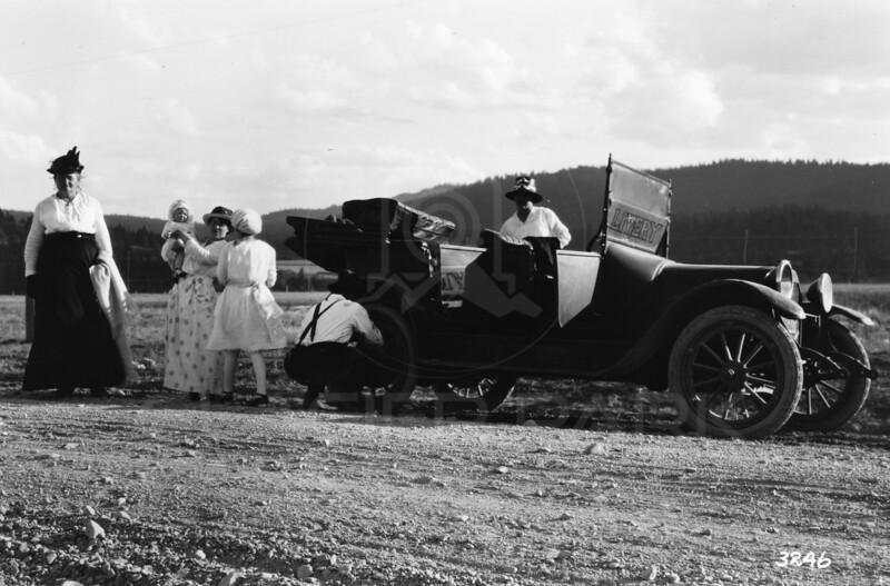 Ferde Greene Photo<br /> 8/12/1917 Anaseth Greene, Ruby, Elizabeth Greene, Columbia Falls, Montana<br /> 3246