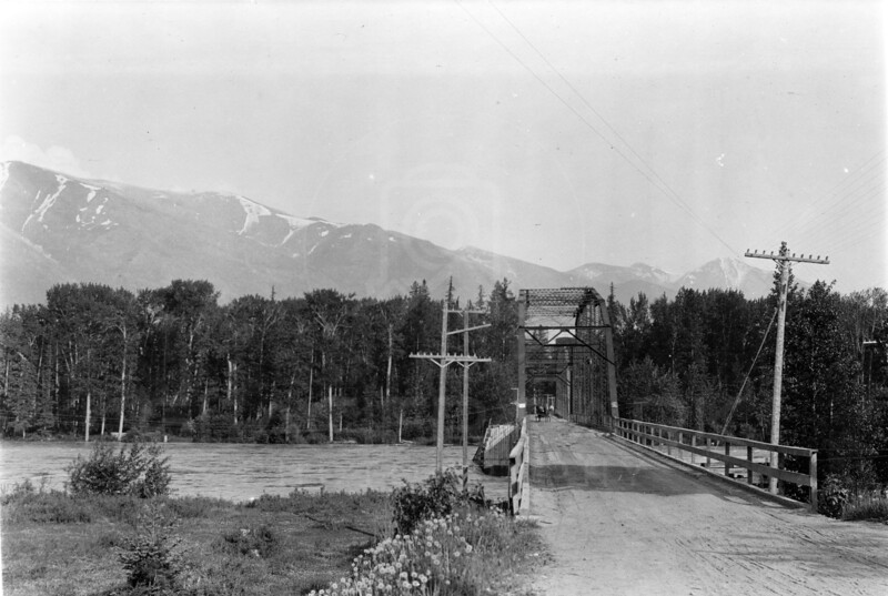 Ferde Greene Photo<br /> 6/17/1916 Old Steel Bridge, Columbia Falls<br /> 3228