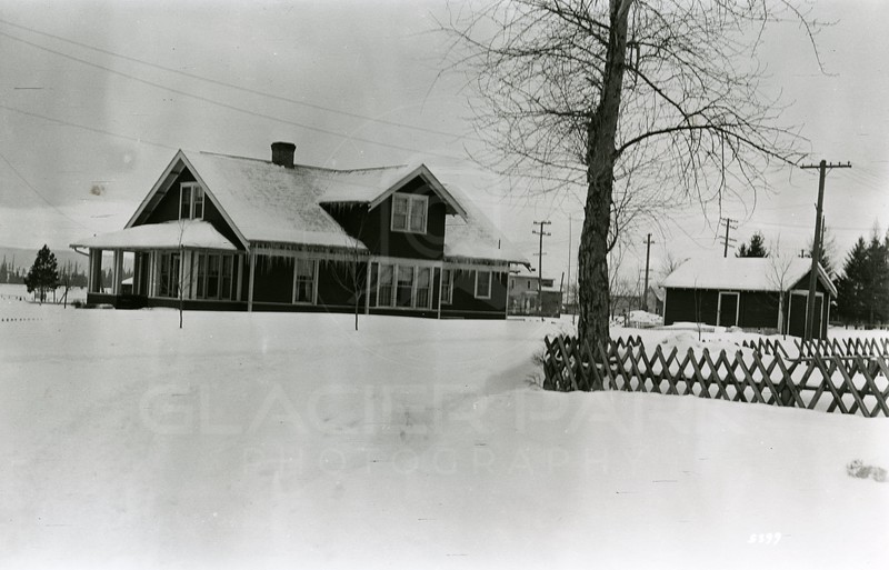 Ferde Greene Photo<br /> 12/30/1924, TV Kilduff's house, C Falls mayor and store owner, Owned 1st radio in town, Listened to Jack Dempsey & Gene Tuney fight, Columbia Falls, Montana<br /> 5399