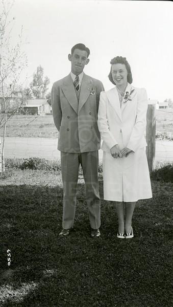 Ferde Greene Photo, 5/14/1939, Ruby Greene & Jack Sent, Columbia Falls, Montana