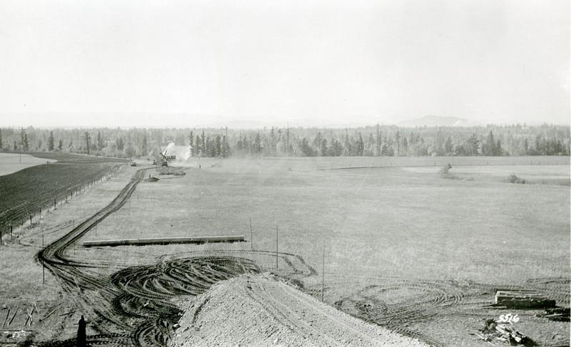 Ferde Greene Photo, 10/6/1936, Fill near 206 & Highway 2