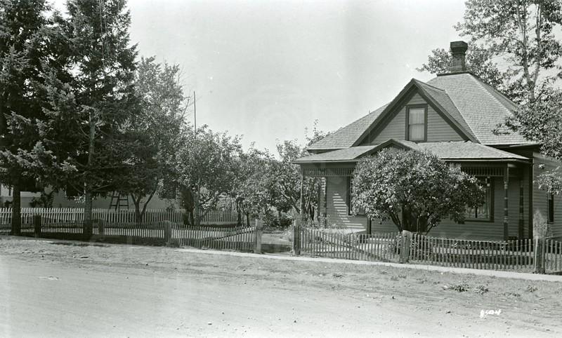 Ferde Greene Photo, 9/8/1935, 3rd Ave W & 7th Street