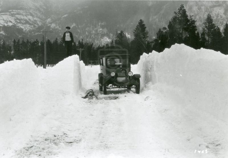 Ferde Greene Photo<br /> 2/24/1929 G4 on Belton Road, East of Columbia Falls before Highway 2<br /> 1452
