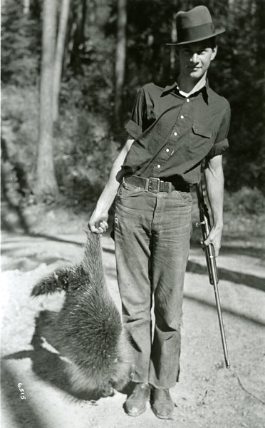 Ferde Greene Photo, 9/27/1936, Howard and Porcupine