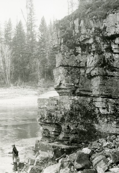 Ferde Greene Photo<br /> 10/12/1929 2PM Spotted Bear, Howard fishing<br /> 6471