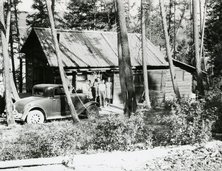 Glen's Lake Lodge