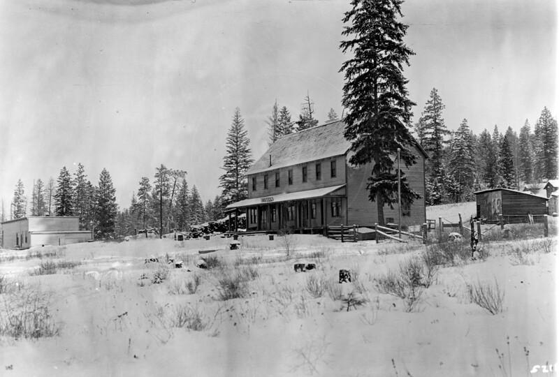 Ferde Greene Photo<br /> 12/17/1915 Rexford, Montana<br /> 5218