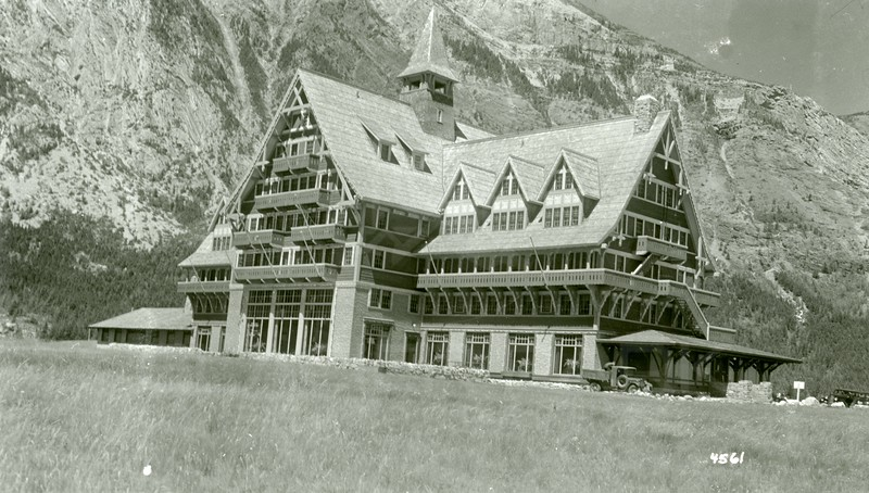 Ferde Greene Photo, 6/26/1940, Prince of Wales Hotel, Wateron Lake, Canada