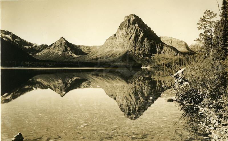 Sinopah Mountain Two Medicine Lake