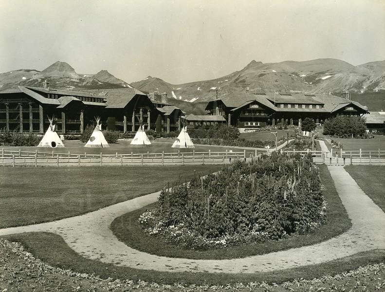 East Glacier Lodge 1920's
