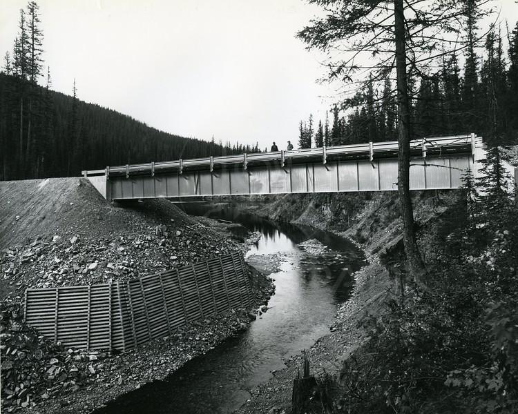 Side creeks around the reservoir