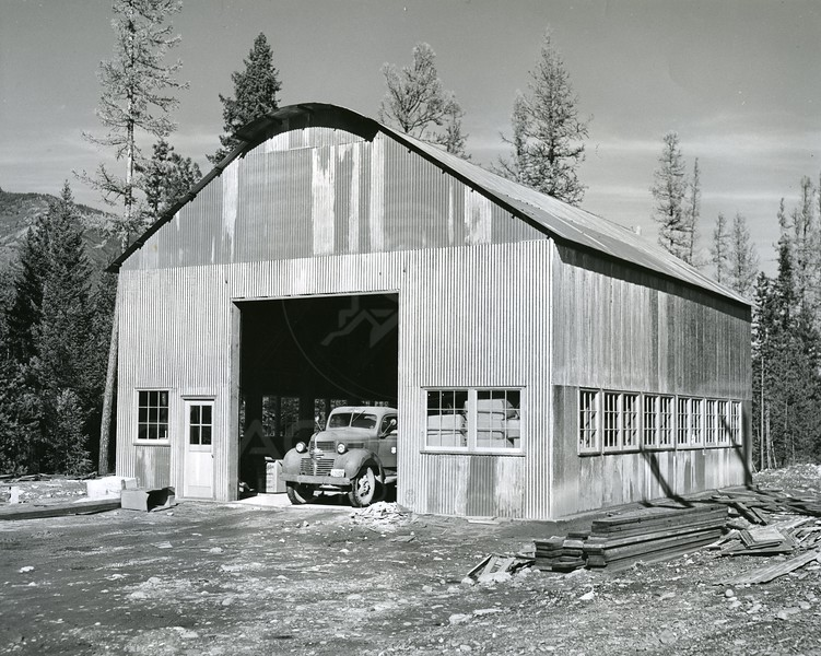 Hungry Horse Dam Shop