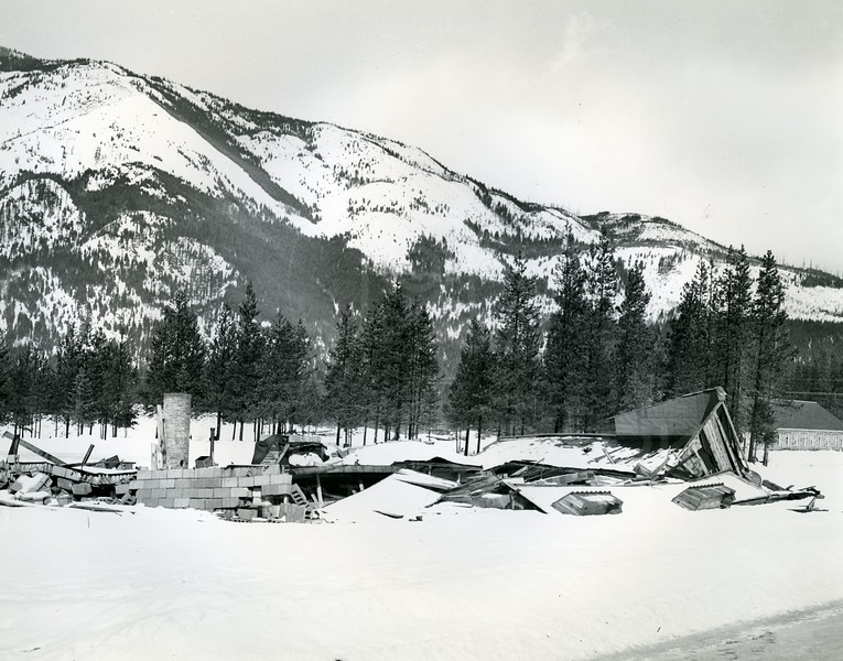 Snow Damage on Housing in Hungry Horse