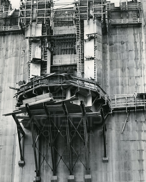 Hungry Horse Dam Build