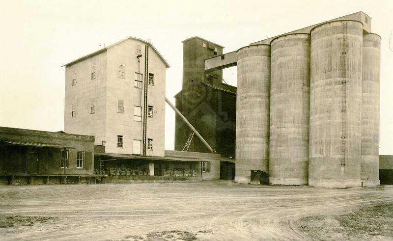 Kalispell Grain Elevators