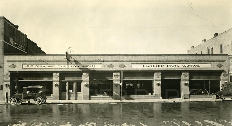 Glacier-Park-Garage