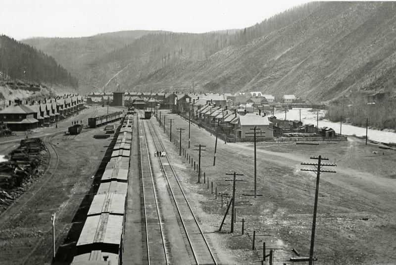 Ferde Greene Photo<br /> 5/12/1914 3PM<br /> Michel BC from Tripple Bridge<br /> 1/25 f11<br /> 124
