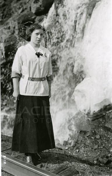 Ferde Green Photo<br /> 4/13/1913 Elizabeth Gregory Greene<br /> 2112