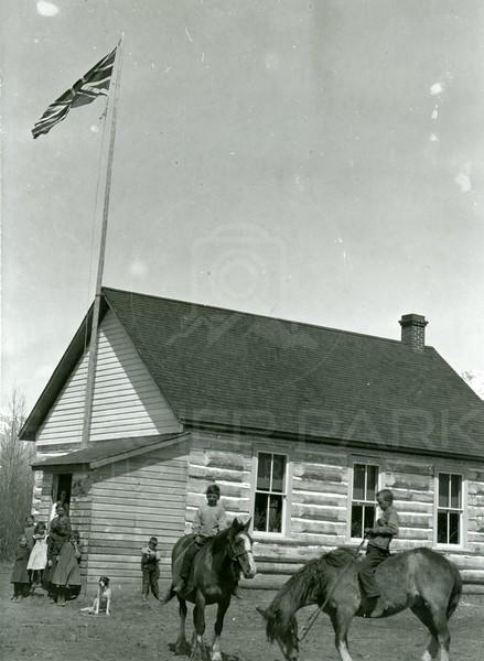 Ferde Greene Photo<br /> School House 1913<br /> 4164