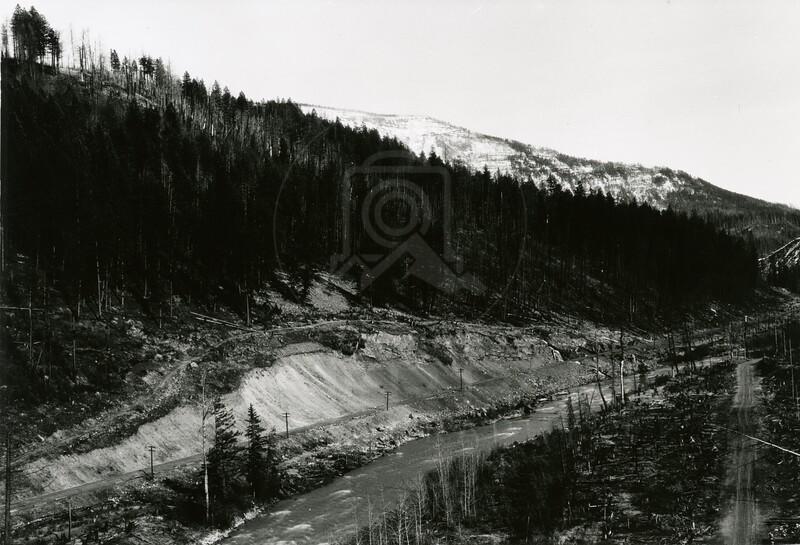 Ferde Greene Photo<br /> Elk River British Columbia<br /> 1114