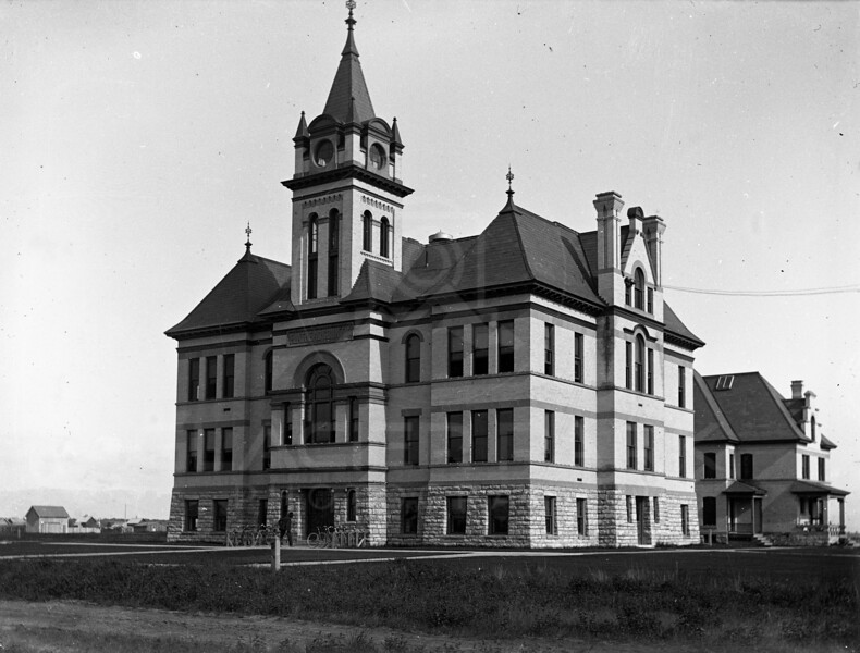 Kalispell Courthouse
