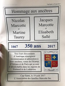 All of the materials were in French, although shorter portions of the announcements and the Mass were repeated in English, for the benefit of the English-speaking attendees.