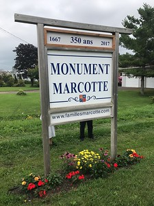 After the mass, and a box lunch at the school across from the church in Cap-Santé, we loaded onto three buses (one of those was led by Guy Marcotte, who provided both French and English narration for the sites we visited. First stop was the Marcotte monument placed in 1967, and the 300th anniversary celebration.