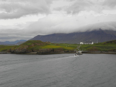 Someone heading to Viðey