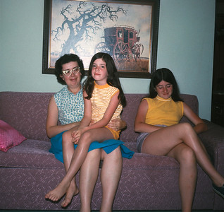 Marjorie Witchell, Mary Witchell, Cathy Witchell, Platte City, 1971