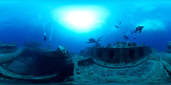 Thistlegorm - Hold1 and winches