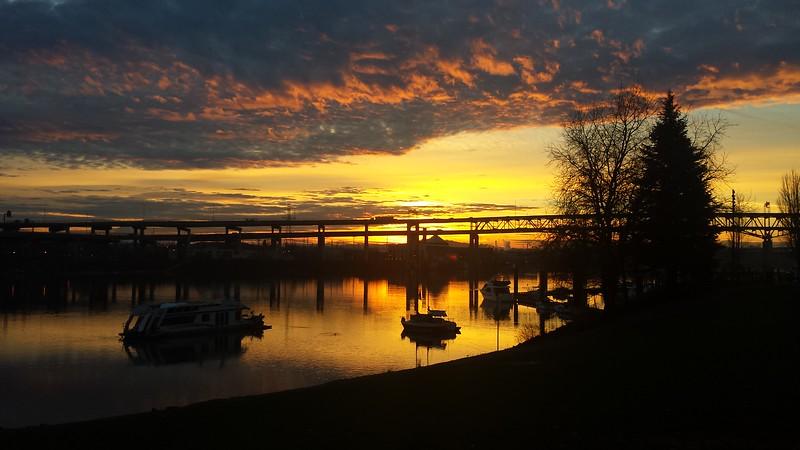 Sunrise Portland 4th Clay