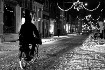 006 | Snowy Haarlemmerdijk  Netherlands is all out of grit