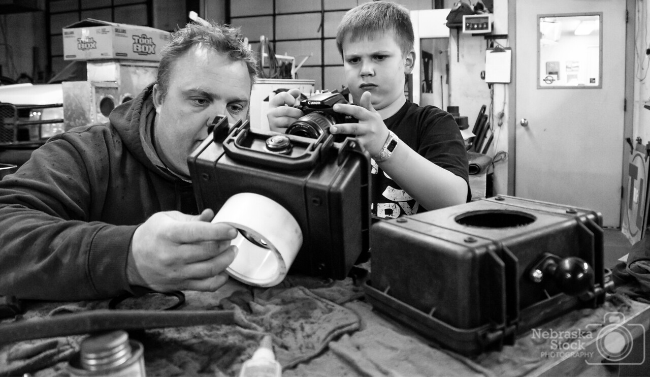 4-13-2018<br /> 103/365<br /> A little bonding time with my son tonight building some more camera traps to put up in Knox County in the next couple of days if the weather holds out. AJ is on a mission to capture some Nebraska Cats. I am hoping that by the end of spring, he has some amazing pictures to show off. <br /> Photo taken with a Sony A6300 with a Sony 18-200<br /> ISO 3200<br /> 1/60th at F4<br /> (57552)