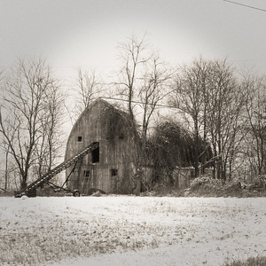 Barn, State Road