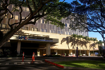 Hawaii Medical Center East, Honolulu, O'ahu, Hawai'i - Day 110 of 365, April 20, 2011