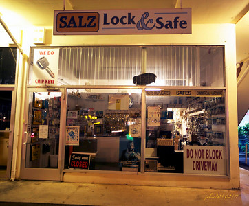 Salz Lock & Safe, Kaimuki, O'ahu, Hawai'i - Day 54 of 365, February 23, 2011